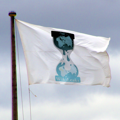 Wikileaks Flag (Image by Graphic Tribe [CC BY SA 3.0], via Wikimedia Commons)