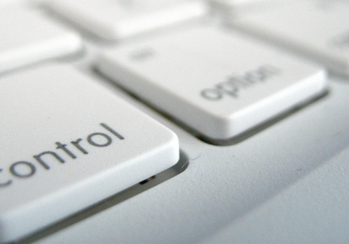 Control is an Option to Command (adapted) (Image by Frederico Cintra [CC BY 2.0] via flickr)