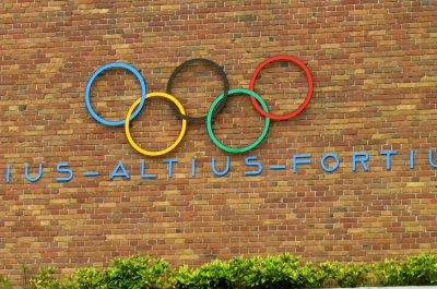Olympic Rings (adapted) (Image by Ozzy Delaney [CC BY 2.0] via flickr)