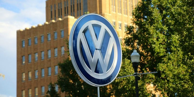 volkswagen (image by jp26jp[CC BY 1.0] via Pixabay