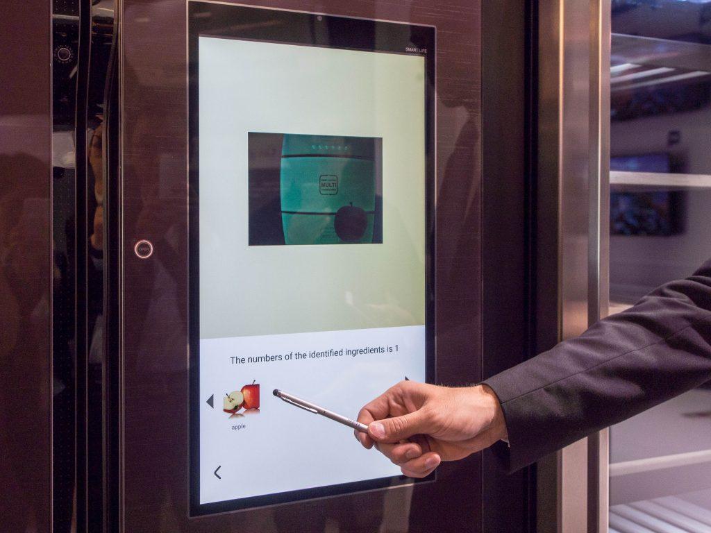 Aufbau Side By Side Kühlschrank : Ifa 2016: guck mal wie cool u2013 smarte kühlschränke von samsung lg