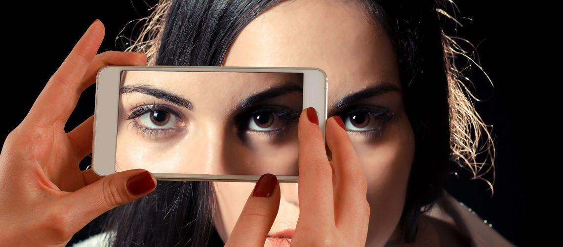 smartphone-image-by-geralt-cc0_public-domain-via-pixabay