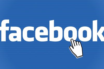 facebook (Image by Simon [CC0 Public Domain] via Pixabay)