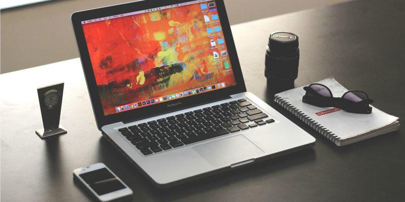 laptop (Image by parthshah000 [CC0 Public Domain] via Pixabay)