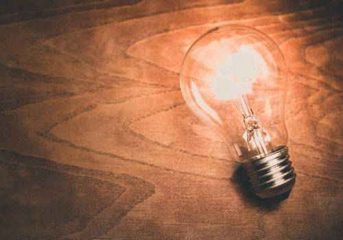 lightbulb (image by Unsplash [CC0 Public Domain] via Pixabay)