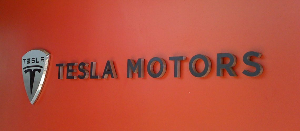 Tesla Motors (adapted) (Image by Sam Felder [CC BY-SA 2.0] via Flickr)