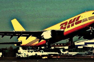 airplane-image-by-skeeze-cc0-public-domain-via-pixabay