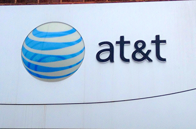 AT&T, ATandT Sign, 9/2014, pic by Mike Mozart of TheToyChannel and JeepersMedia on YouTube (adapted) (Image by Mike Mozart [CC BY 2.0] via Flickr)