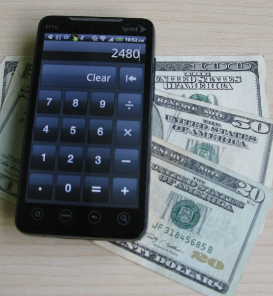 Android Smartphone with Money (adapted) (Image by Intel Free Press [CC BY-SA 2.0] via Flickr)