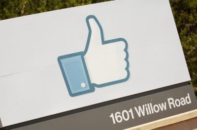 Facebook Campus (adapted) (Image by Marcin Wichary [CC BY 2.0], via flickr)
