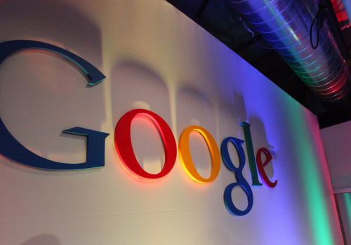 Google Logo in Building43 (adapted) (Image by Robert Scoble [CC BY 2.0] via Flickr)