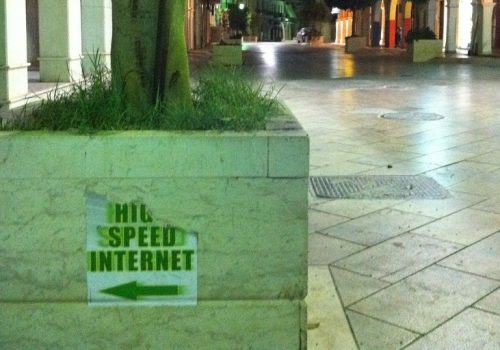 High Speed Internet (adapted) (Image by ReindeR Rustema [CC BY SA 2.0], via flickr)