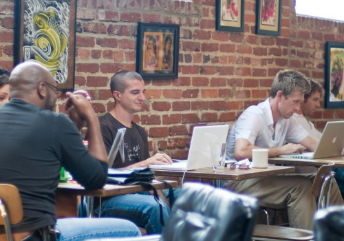Jelly Atlanta Coworking @ Octane (adapted) (Image by Mike Schinkel [CC BY 2.0] via Flickr)