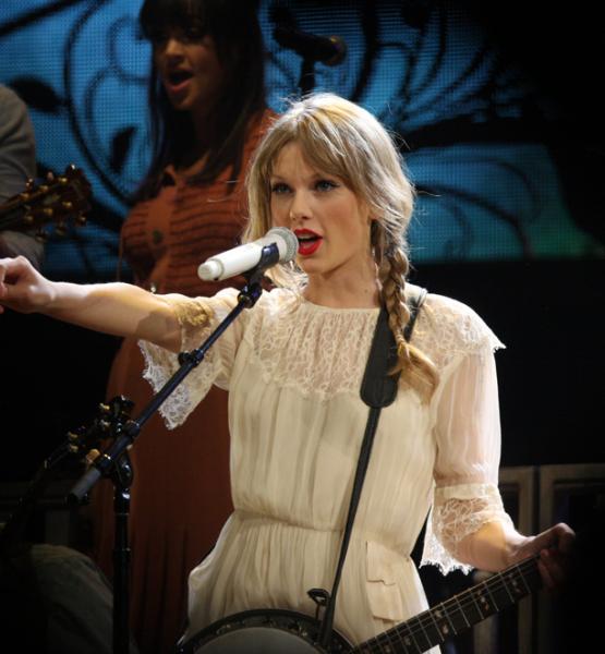 Taylor Swift (adapted) (Image by Eva Rinaldi [CC BY-SA 2.0] via Flickr)
