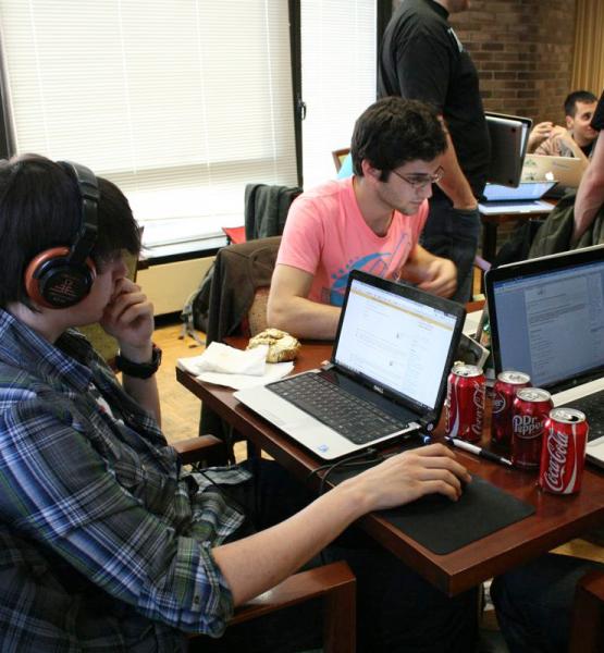 hackNY 2011 Spring Student Hackathon (adapted) (Image by hackNY_org [CC BY-SA 2.0] via Flickr)