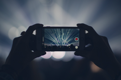 iPhone-Video-recording-Pexels-Applepiloten