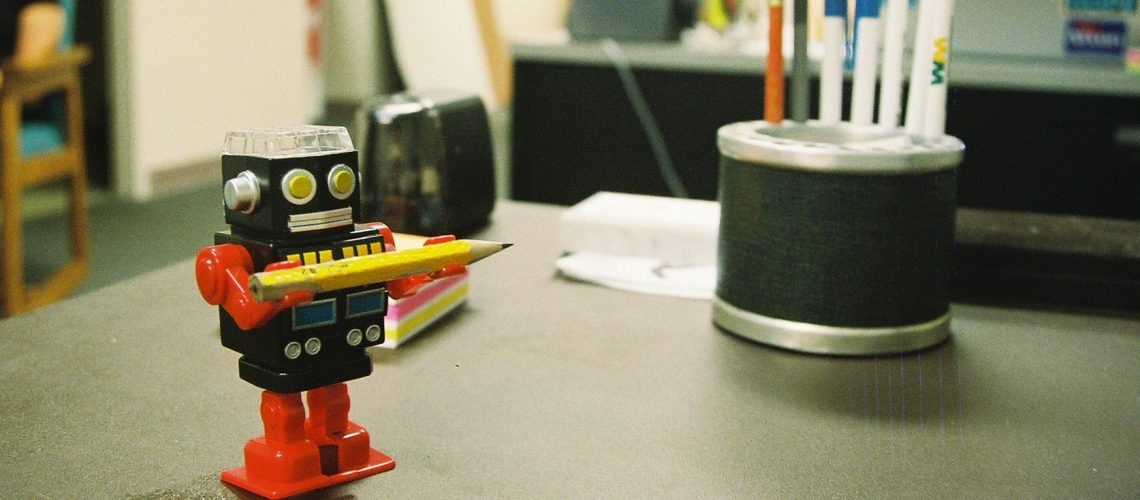 tabletop assistant (adapted) (Image by Matthew Hurst [CC BY SA 2,0], via flickr)