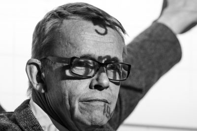 Hans Rosling (adapted) (Image by Neil Fantom [CC BY 2.0] via flickr)