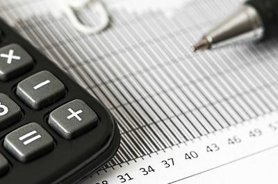 calculator (adapted) (Image by stevepb [CC0 Public Domain] via Pixabay)