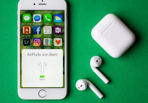 Apple-AirPods-Applepiloten-1-1920x1000