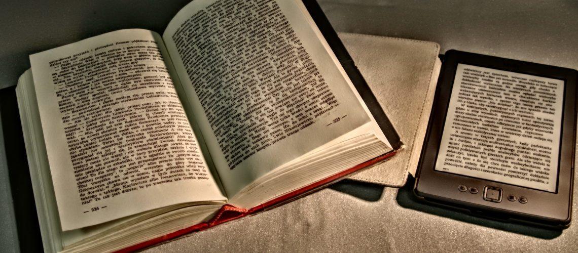 Lesen (adapted) (Image by Arcaion [CC0 Public Domain] via Pixabay)