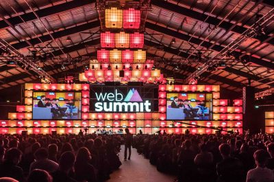 DAY THREE OF THE WEB SUMMIT [DUBLIN 2015]-109985 (adapted) (Image by William Murphy) (CC BY-SA 2.0) via flickr