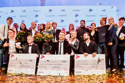 [Gewinner_Goldregen_Gruppenfoto 2] (adapted)