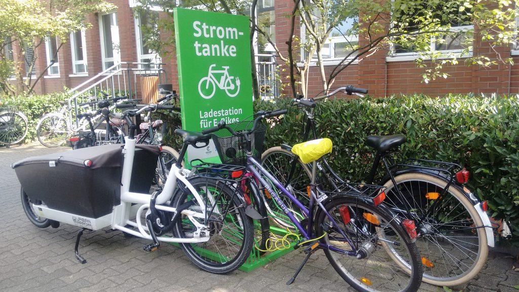 E-Räder Ladestation (Image by Marinela Potor)