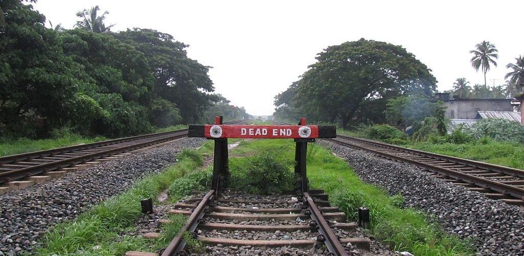 The_dead_end (Image by Vaikoovery [CC by 3.0] via Pixabay)