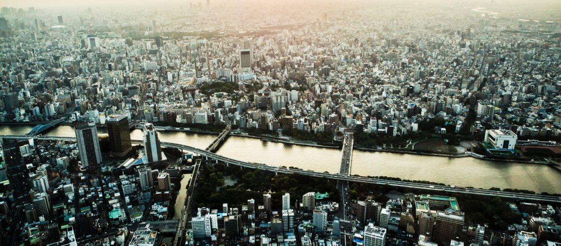 Tokyo(adapted) (Image by Louis Kang [CC0 Public Domain] via Pixabay)