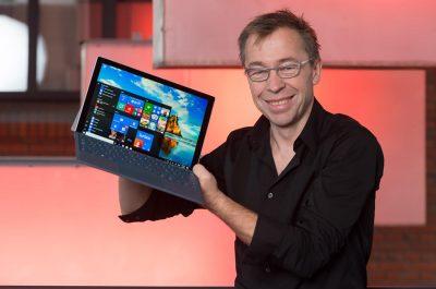Ralf Groene mit Surface Pro