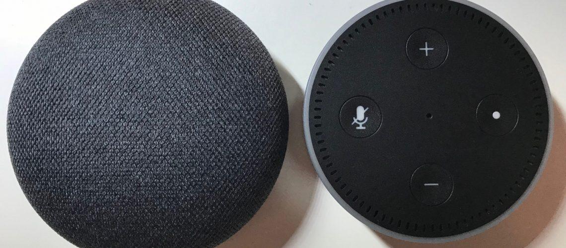 Google Home Mini vs. Echo Dot (Image by Timo Brauer)