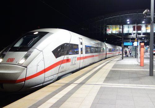 ICE_4_Berlin_Hauptbahnhof_(3)