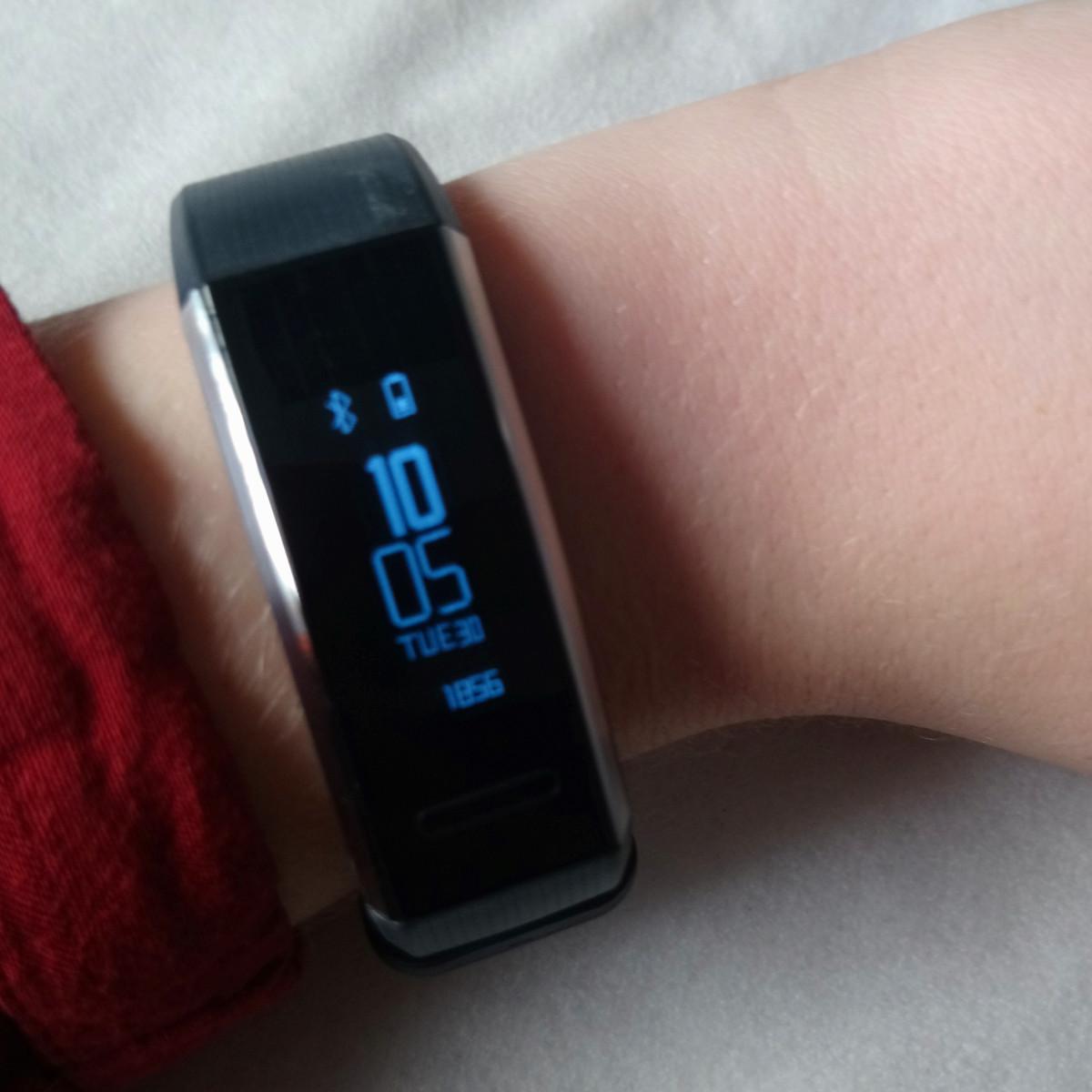 Huawei Band 2 Pro Startbildschirm (Image by Jennifer Eilitz)
