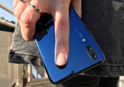 Huawei P20 back draußen