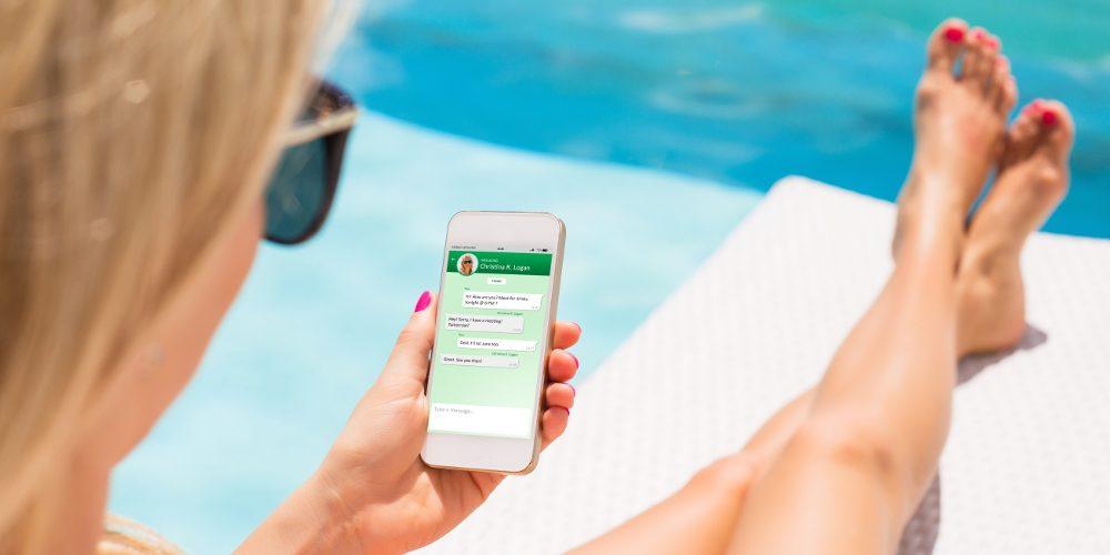 Kaspars Grinvalds stock adobe WhatsApp Videoanrufe