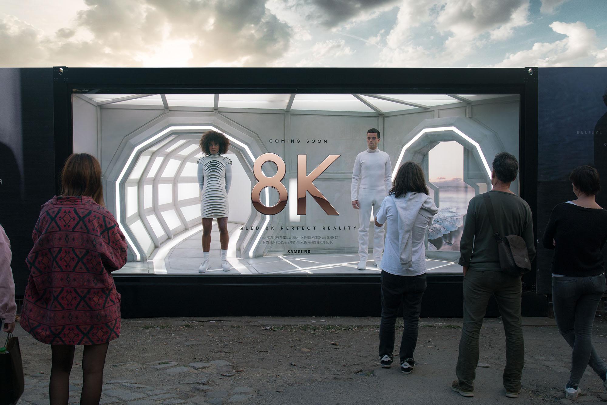 Samsung 8K Filmposter-Installation Berlin