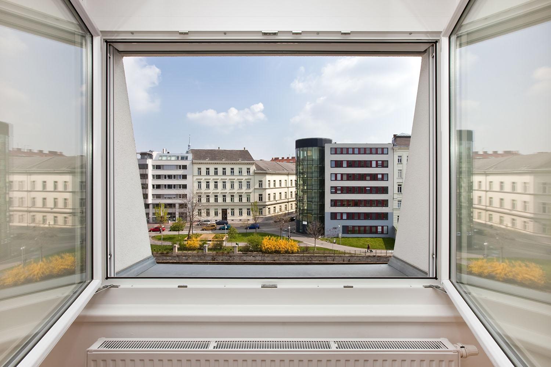 Smarte Heizung mit Fenster-Offen-Erkennung.