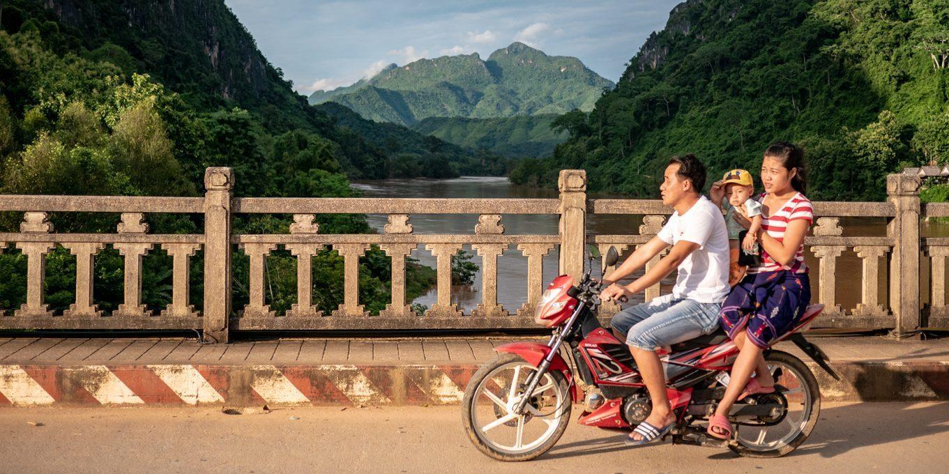 Laos Mekong Brücke