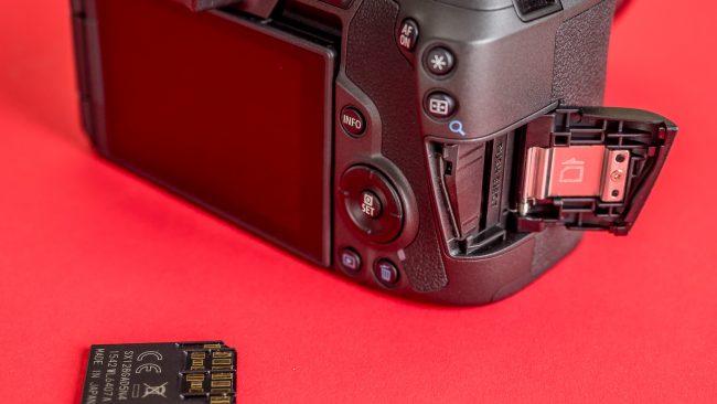 Canon EOS R SD-Slot