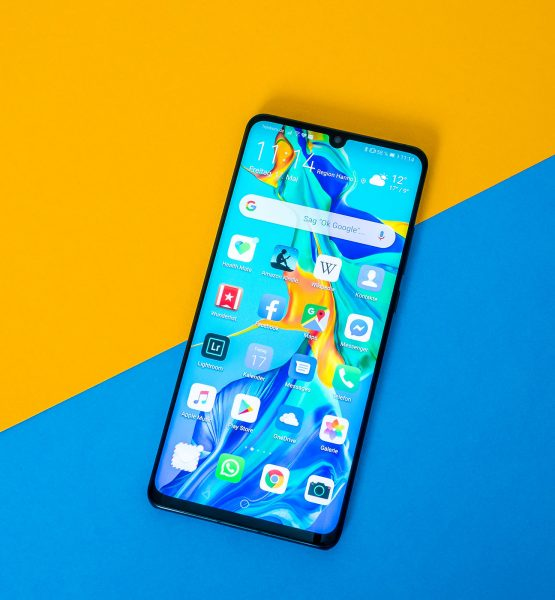 Huawei P30 Pro Front