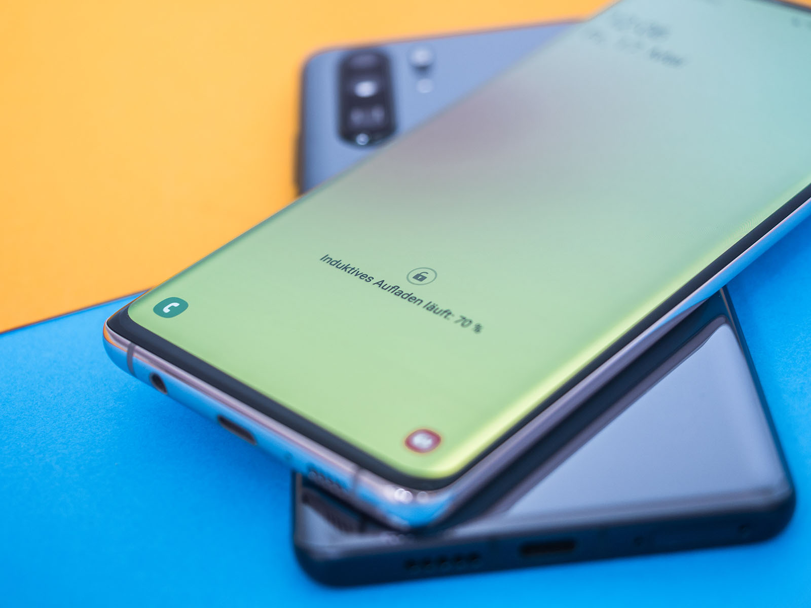 Huawei P30 Pro lädt Samsung Galaxy S10+
