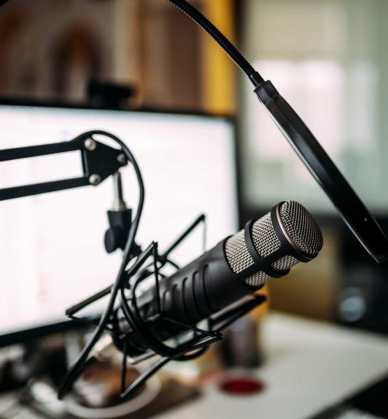 apple_podcasts_original_content