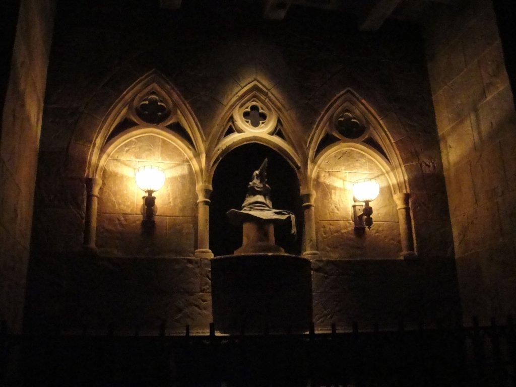 Sprechender Hut aus Harry Potter