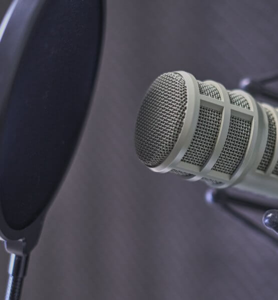 Die besten Comedy-Podcasts / Image by Dan LeFebvre via Unsplash
