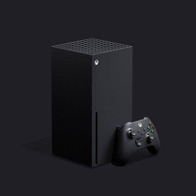 Die Xbox Series X mit Controller