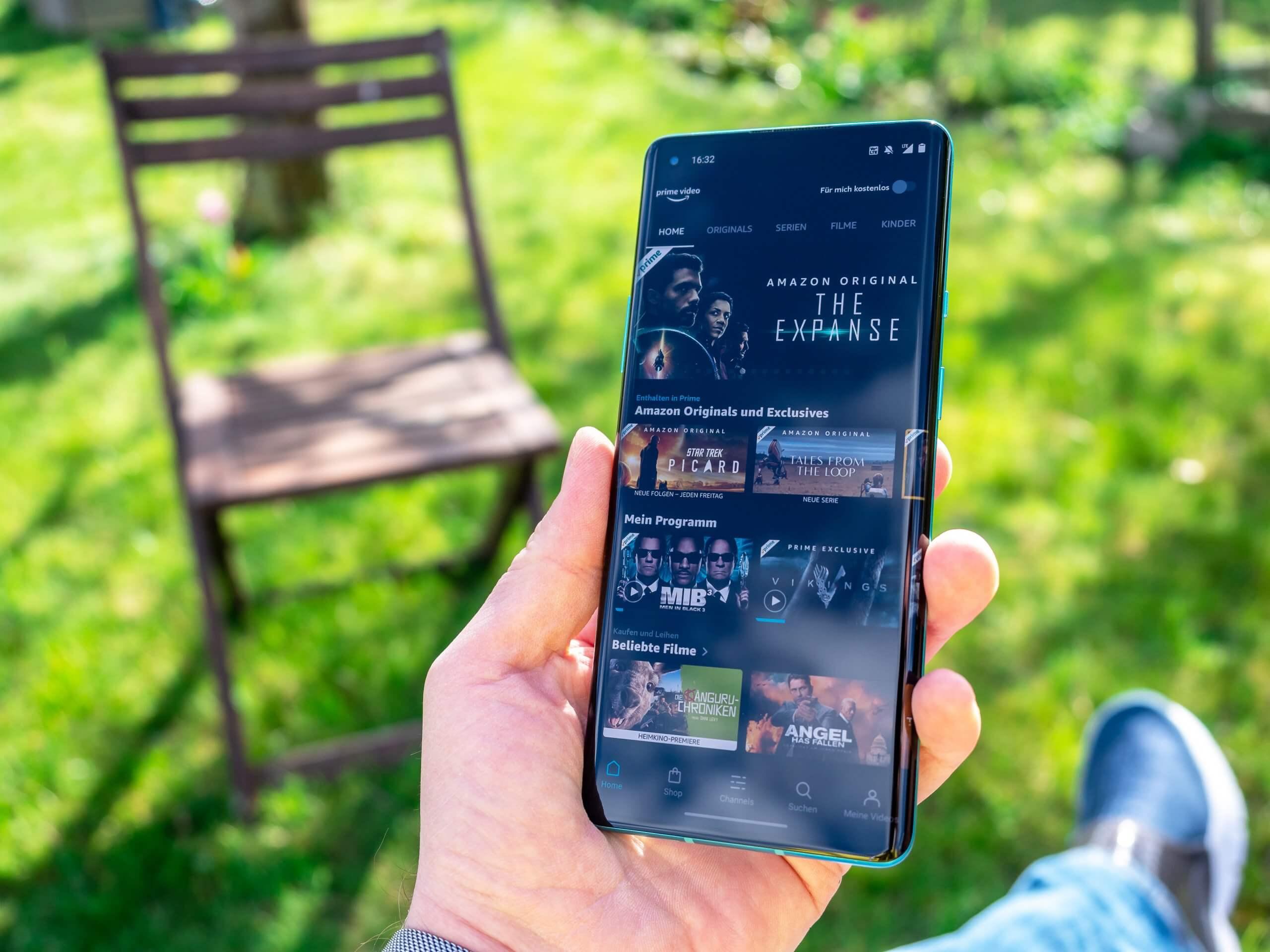 OnePlus 8 Pro Display draußen