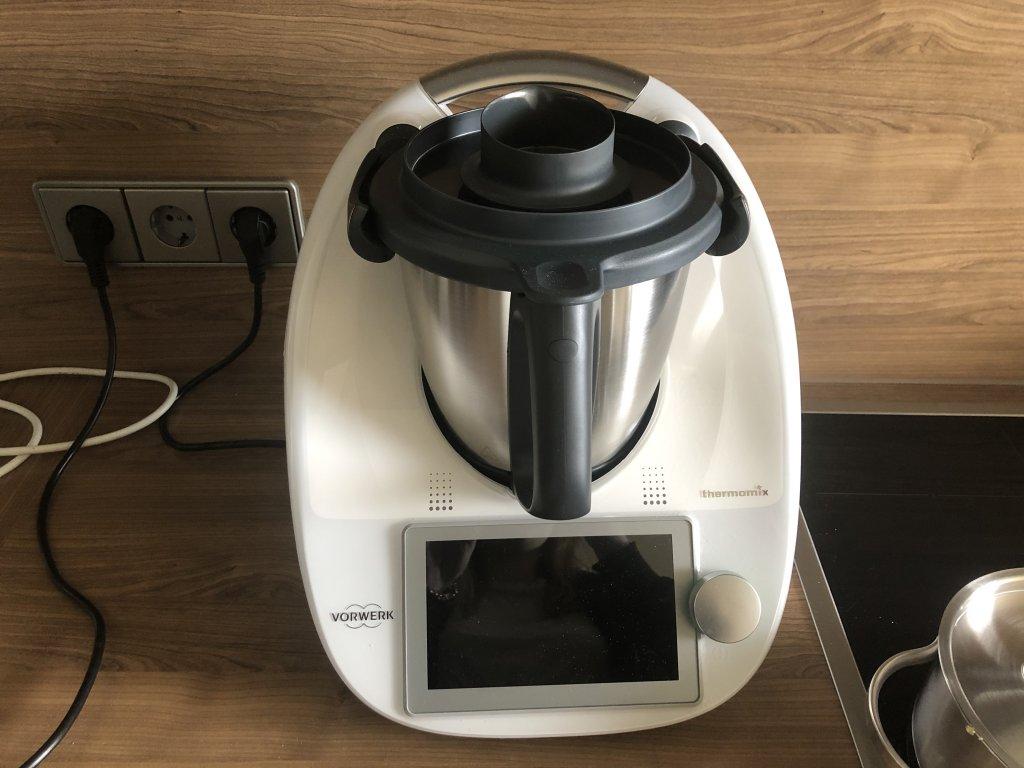 Thermomix TM6 vs. Monsieur Cuisine Connect