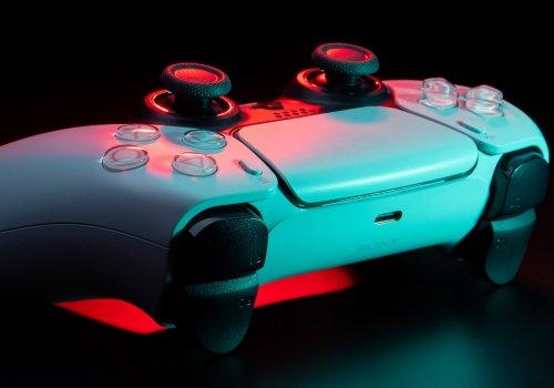 Ein rot erleuchteter Gaming Controller