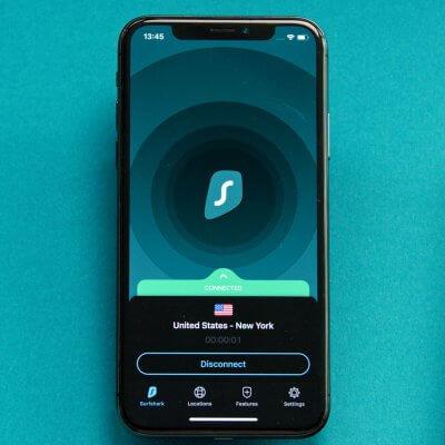 Surfshark VPN auf einem Smartphone